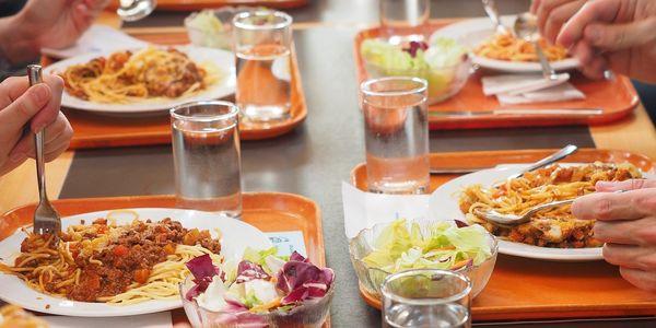Obertura període sol·licituds de les beques menjador curs 2020-21