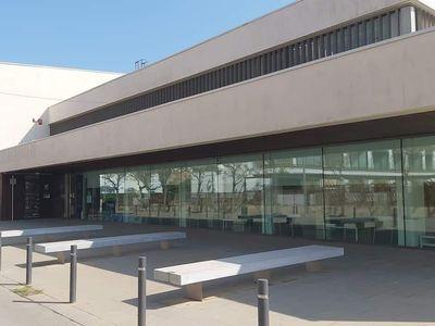 El nou edifici de la biblioteca Manuel Serra i Moret compleix 10 anys