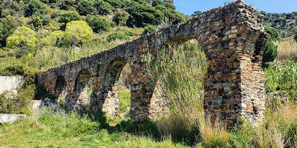 L'Ajuntament de Pineda de Mar incorpora l'aqüeducte romà de Can Cua al catàleg de patrimoni local