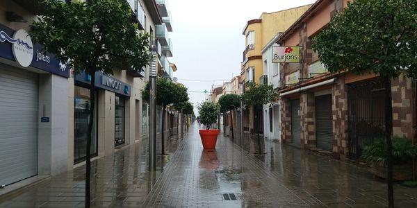 L'Ajuntament de Pineda de Mar limita els horaris comercials  a les 19 h.