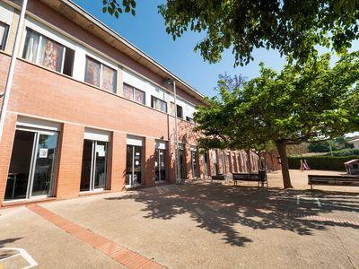 Pineda de Mar concedeix 180.000 € per a la compra de portàtils per a estudiants