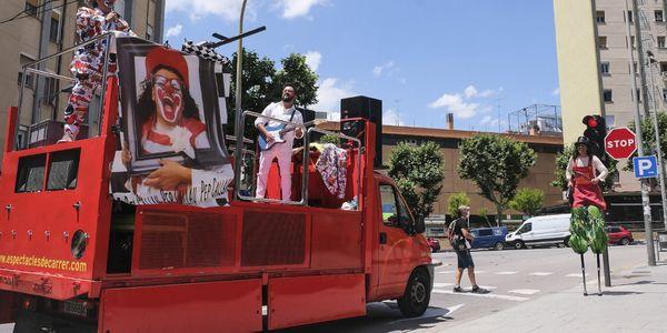 Pineda de Mar inaugura el cicle Cultura Km. 0 amb l'espectacle familiar itinerant Resistència Tour