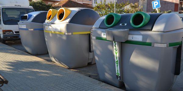 L'Ajuntament de Pineda de Mar i Ecovidrio fomenten el reciclatge del vidre en els establiments de restauració