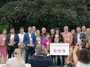 Pineda de Mar revalida un any més les tres flors d'honor de la distinció «Viles Florides»