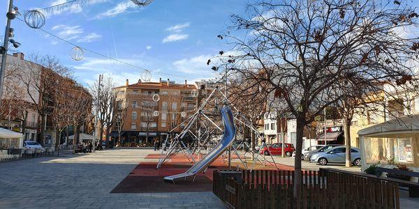 Renovació de l'arbrat de Plaça Espanya