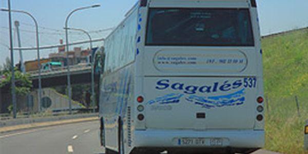 Xavier Amor demana més parades de bus a Pineda en la nova línia Maresme Nord-Barcelona i un servei cap a Girona mentre no hi hagi circulació de trens